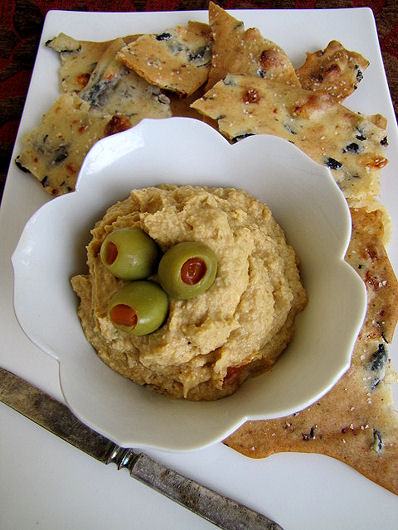 Post image for Green Olive & Pimento Hummus {Giveaway}