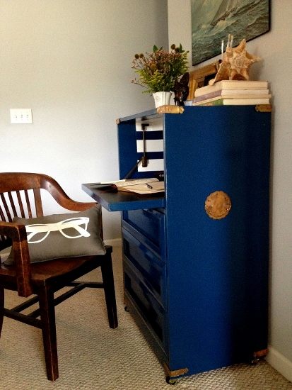 Post image for A Classic Yet Exotic Nautical Desk Makeover